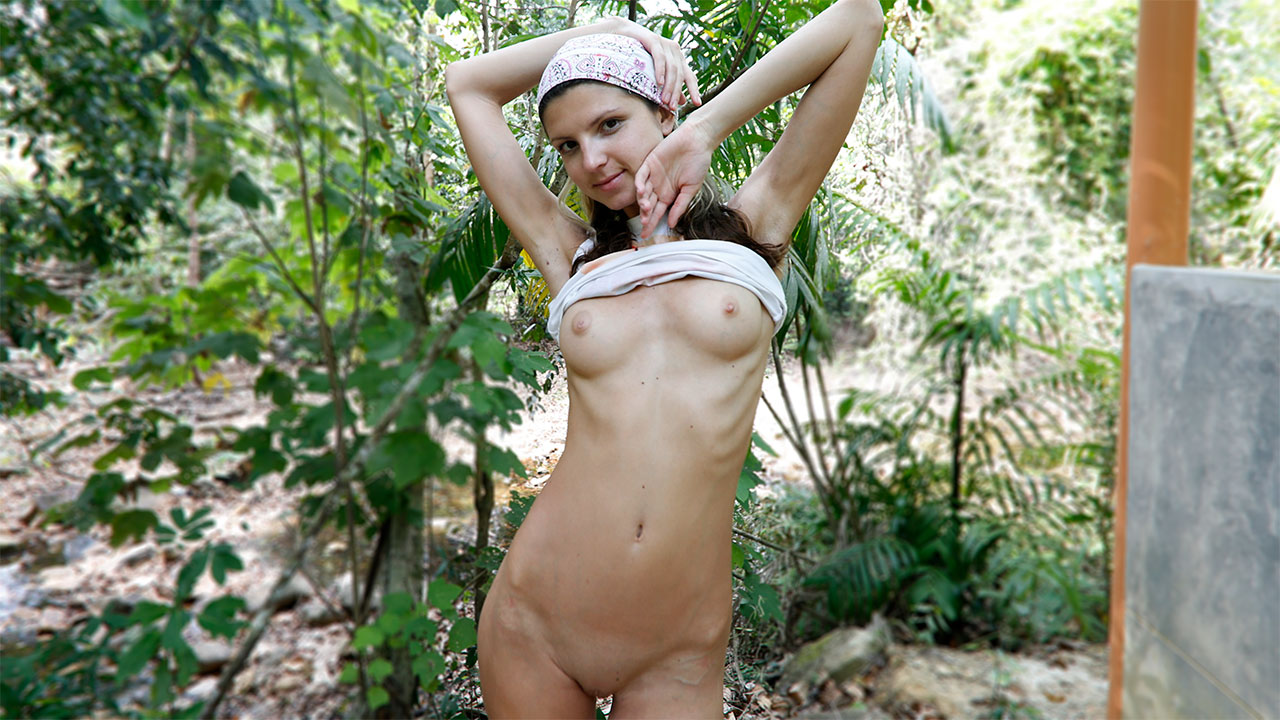 Outdoor Sex Video In The Woods